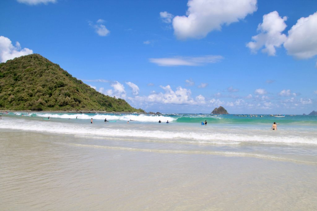 beaches of south lombok selong belanak beach lombok